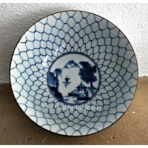 Les 5 bols en porcelaine du Japon - La Galerie Equitable