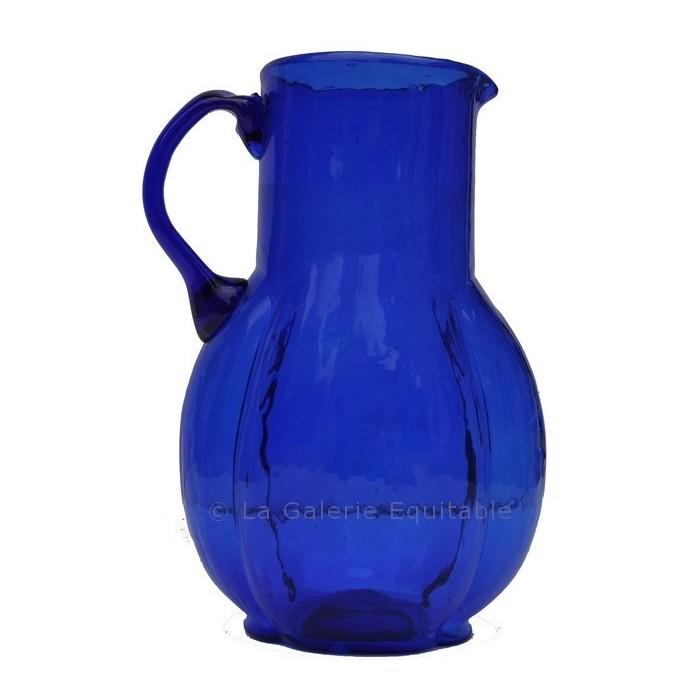 Pichet à eau bleu verre soufflé - La Galerie Equitable