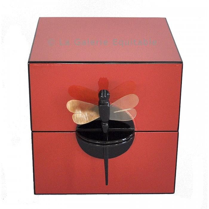 Boîte à bijoux laque corail - La Galerie Equitable