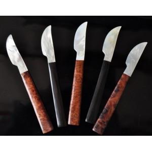 Couteaux nacre et bois - La Galerie Equitable