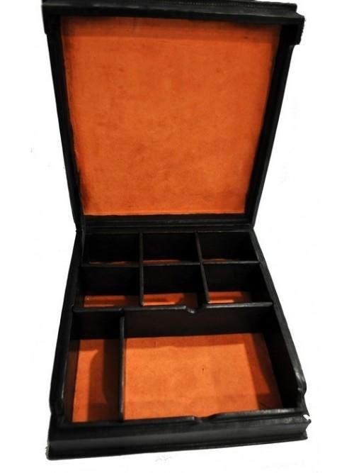 Grande boîte touareg en cuir - La Galerie Equitable